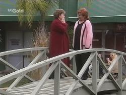 Marlene Kratz, Cheryl Stark in Neighbours Episode 2678