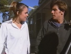 Shona Munro, Malcolm Kennedy in Neighbours Episode 2680