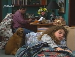 Philip Martin, Holly, Hannah Martin in Neighbours Episode 2681