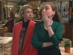 Helen Daniels, Debbie Martin in Neighbours Episode 2681