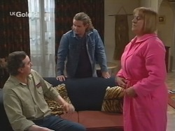 Mick Anderson, Toadie Rebecchi, Angie Rebecchi in Neighbours Episode 2683