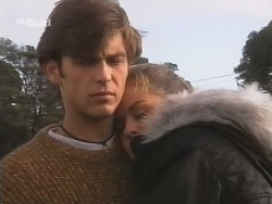 Malcolm Kennedy, Shona Munro in Neighbours Episode 2685