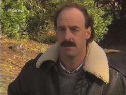 Alan McKenna in Neighbours Episode 2685