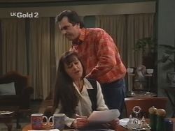 Susan Kennedy, Karl Kennedy in Neighbours Episode 2687
