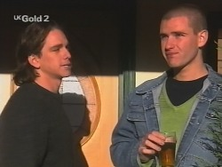 Darren Stark, Luke Handley in Neighbours Episode 2687