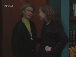 Helen Daniels, Debbie Martin in Neighbours Episode 2688