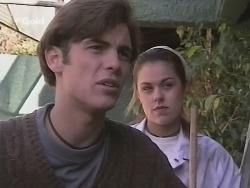 Malcolm Kennedy, Shona Munro in Neighbours Episode 2688