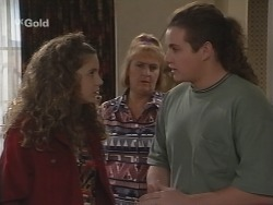 Hannah Martin, Angie Rebecchi, Toadie Rebecchi in Neighbours Episode 2690