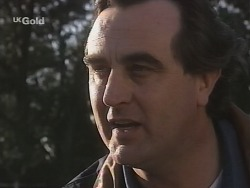 Mick Anderson in Neighbours Episode 2690