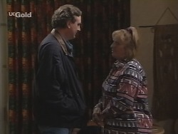 Mick Anderson, Angie Rebecchi in Neighbours Episode 2690