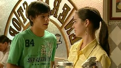 Zeke Kinski, Louise Carpenter (Lolly) in Neighbours Episode 5221