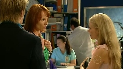 Oliver Barnes, Dr Demi Vinton, Elle Robinson in Neighbours Episode 5222