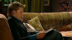 Oliver Barnes in Neighbours Episode 5222