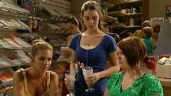 Rachel Kinski, Louise Carpenter (Lolly), Bree Timmins in Neighbours Episode 5231