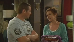 Toadie Rebecchi, Susan Kennedy in Neighbours Episode 6136