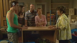 Kyle Canning, Kate Ramsay, Karl Kennedy, Susan Kennedy, Lyn Scully in Neighbours Episode 6139