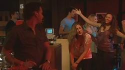 Lucas Fitzgerald, Sonya Mitchell, Jade Mitchell in Neighbours Episode 6139