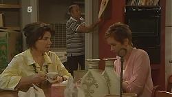 Lyn Scully, Karl Kennedy, Susan Kennedy in Neighbours Episode 6139