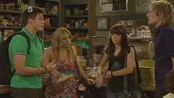 Chris Pappas, Natasha Williams, Summer Hoyland, Andrew Robinson in Neighbours Episode 6141