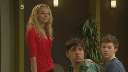 Emily Martin in Neighbours Episode 6141