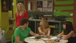 Emily Martin, Chris Pappas, Natasha Williams, Summer Hoyland in Neighbours Episode 6141