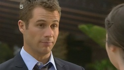Mark Brennan, Kate Ramsay in Neighbours Episode 6143