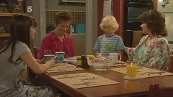 Summer Hoyland, Susan Kennedy, Charlie Hoyland, Lyn Scully in Neighbours Episode 6144