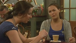 Kate Ramsay, Jade Mitchell in Neighbours Episode 6144