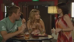 Michael Williams, Natasha Williams, Libby Kennedy in Neighbours Episode 6145