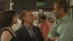 Libby Kennedy, Paul Robinson, Michael Williams in Neighbours Episode 6146