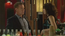 Paul Robinson, Libby Kennedy in Neighbours Episode 6146