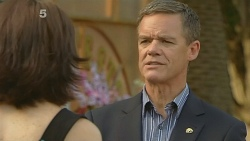 Libby Kennedy, Paul Robinson in Neighbours Episode 6146