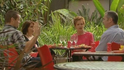 Toadie Rebecchi, Libby Kennedy, Susan Kennedy, Karl Kennedy in Neighbours Episode 6147