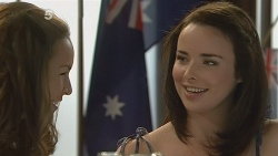 Jade Mitchell, Kate Ramsay in Neighbours Episode 6148