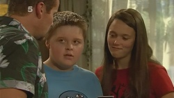 Toadie Rebecchi, Callum Jones, Sophie Ramsay in Neighbours Episode 6149