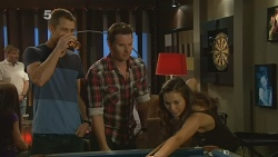 Mark Brennan, Lucas Fitzgerald, Jade Mitchell in Neighbours Episode 6152