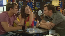 Kyle Canning, Kate Ramsay, Lucas Fitzgerald in Neighbours Episode 6153