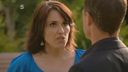 Libby Kennedy, Paul Robinson in Neighbours Episode 6154