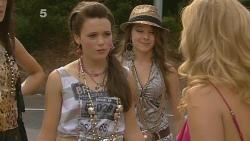 Sophie Ramsay, Natasha Williams in Neighbours Episode 6154