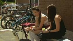 Sophie Ramsay, Summer Hoyland in Neighbours Episode 6154
