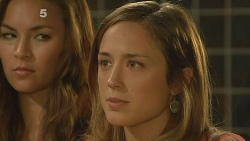 Jade Mitchell, Sonya Mitchell in Neighbours Episode 6157
