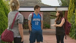 Andrew Robinson, Chris Pappas, Summer Hoyland in Neighbours Episode 6158
