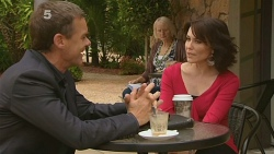Paul Robinson, Libby Kennedy in Neighbours Episode 6158