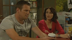 Michael Williams, Libby Kennedy in Neighbours Episode 6158