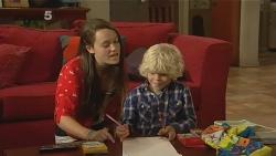 Sophie Ramsay, Charlie Hoyland in Neighbours Episode 6159