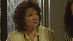 Lyn Scully, Kate Ramsay in Neighbours Episode 6159
