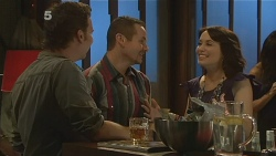 Lucas Fitzgerald, Toadie Rebecchi, Libby Kennedy in Neighbours Episode 6160