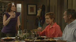 Libby Kennedy, Susan Kennedy, Karl Kennedy in Neighbours Episode 6160