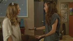 Sonya Mitchell, Jade Mitchell in Neighbours Episode 6161