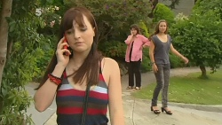 Summer Hoyland, Lyn Scully, Jade Mitchell in Neighbours Episode 6162